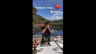 Ronaldo festeggia i 45 anni