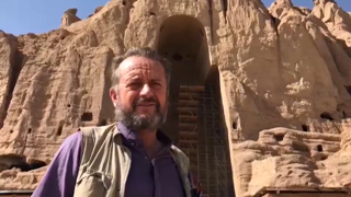 , nel sito dei Buddha distrutto 20 anni fa dai talebani dove oggi sono sparite anche le donne
