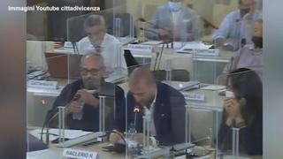 Ddl Zan, le terribili frasi del consigliere Fdi: «Un centinaio di gay aggrediti in 10 dieci anni, non sono in via di estinzione»
