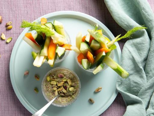 Pinzimonio di verdure con salsa ai pistacchi