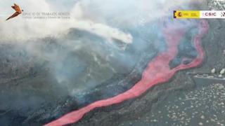 Eruzione alle Canarie, le spettacolari immagini aeree del Cumbre Vieja