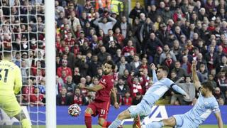 Salah strepitoso, semina il panico nella difesa avversaria: assist e  super gol