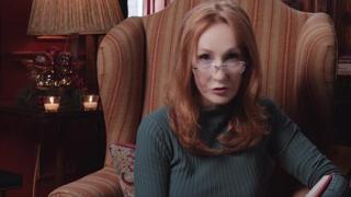 J. K. Rowling legge un capitolo de «Il maialino di Natale»
