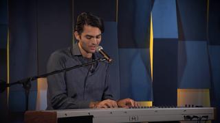 Matteo Bocelli dal vivo negli studi di «Corriere Tv» con «Solo»