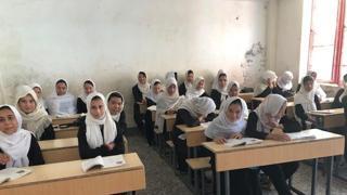 Alla scuola Cutuli di Herat: «Non c'è futuro per le ragazze che vogliono studiare nell'Afghanistan dei talebani»