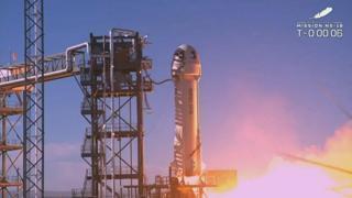 Blue Origin, il capitano Kirk il suo equipaggio volano nello spazio