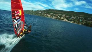 Sfida al vento triestino, Cozzolino e Dunkerbeck da record nel Red Bull Bora Challenge