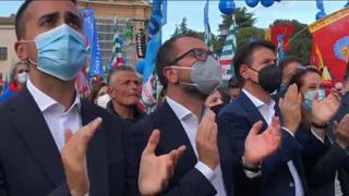Manifestazione dei sindacati, in piazza i 5 stelle Conte, Di Maio, Bonafede e Taverna