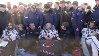 Girato in 12 giorni il primo film nello spazio, la troupe è tornata sulla Terra