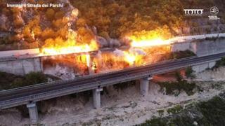 Proseguono gli abbattimenti sulla A24, nel tratto Roma-L'Aquila: demolito anche il viadotto Le Pastena