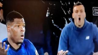 Lazio-Inter, buu razzisti del tifoso nei confronti di Dumfries: la brutta scena in diretta tv
