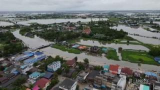 Thailandia, strade e case allagate: oltre 38mila famiglie colpite da inondazioni