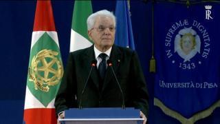 Mattarella a Pisa: «Addolora la violenza che ostacola la ripresa del Paese»