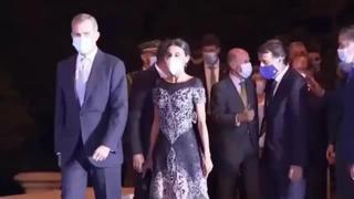 Letizia Ortiz, cena di gala a Barcellona con Felipe di Spagna