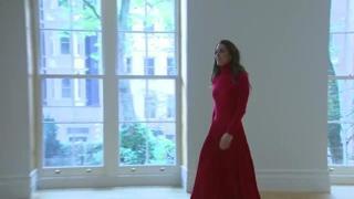 Kate Middleton incanta in rosso nella giornata dedicata alla lotta alle dipendenze