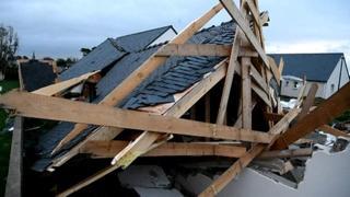 Francia, tempesta Aurora: 250 mila persone senza elettricità