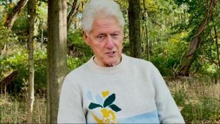 Bill Clinton dimesso dall'ospedale: «Mi sto riprendendo, grazie per il sostegno»