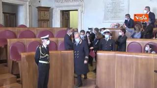 Gualtieri è il nuovo sindaco di Roma, ecco il passaggio di consegne con Raggi in Campidoglio
