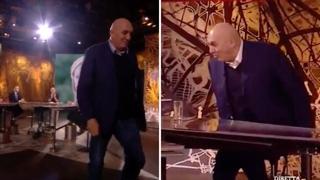 L'abbandono e il ritorno di Crosetto a Piazzapulita: «Carramba che sorpresa»