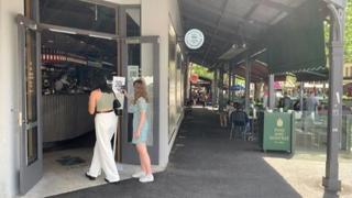 A Melbourne si è concluso il lockdown più lungo al mondo: durava da quasi nove mesi