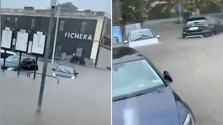 Catania, le auto sono completamente sommerse dai fiumi d'acqua