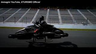 Giappone, presentata la XTurismo: prima moto volante sul mercato