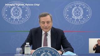 Draghi: «Approvata legge di bilancio in Cdm, c'è stato applauso. Soddisfatti del provvedimento»