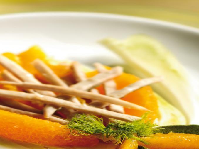 Listarelle di lonza con finocchio e arancia