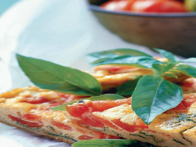 Frittata con pomodori e basilico