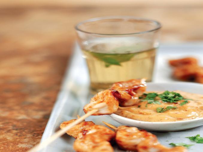 Spiedini di pollo marinato con salsa alla senape