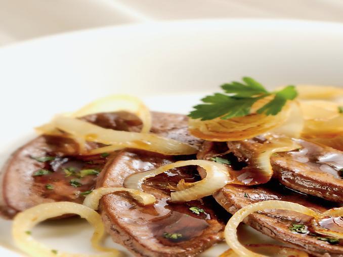 Fegato con cipolle alla veneziana