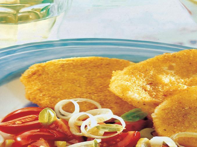 Mozzarella fritta con insalata primavera