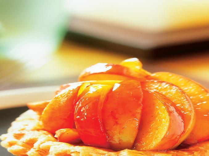 Tartellette di sfoglia alle mele caramellate