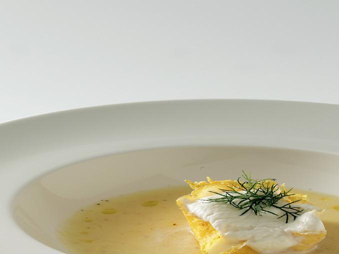 Minestra di polenta e patate con spuma di gorgonzola