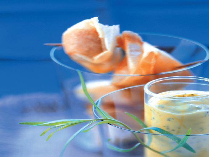 Stuzzichini al salmone con salsa béarnaise