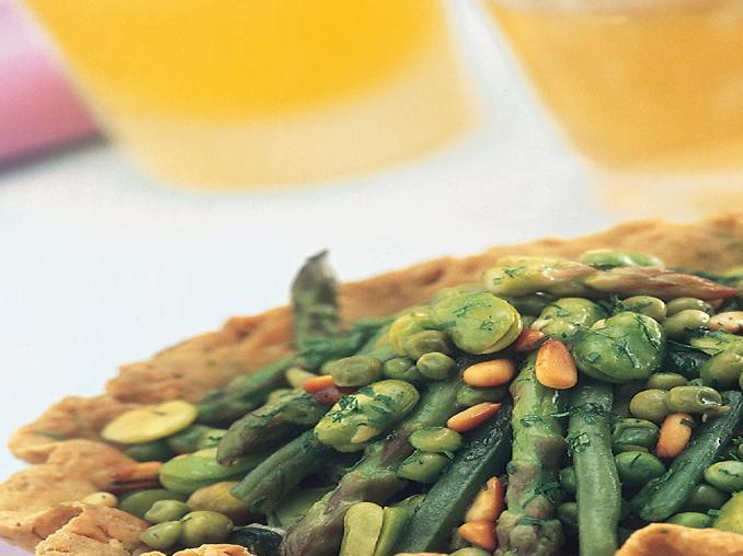 Stufato di verdure e legumi in crosta
