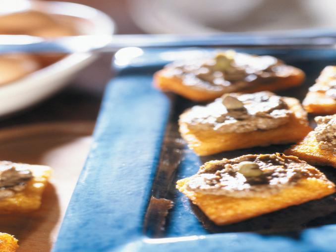 Crostini fritti con paté