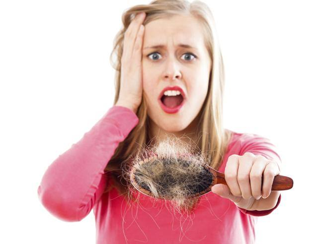 Caduta capelli in autunno 21c9fb771b10