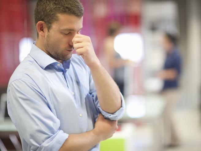 la palla tocca la prostata causando sangue nelle urine