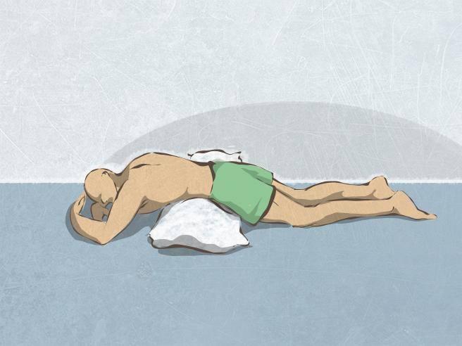 Dormire Con Cuscino In Mezzo Alle Gambe.Come Dormire Se Soffriamo Di Mal Di Schiena Lombare Corriere It