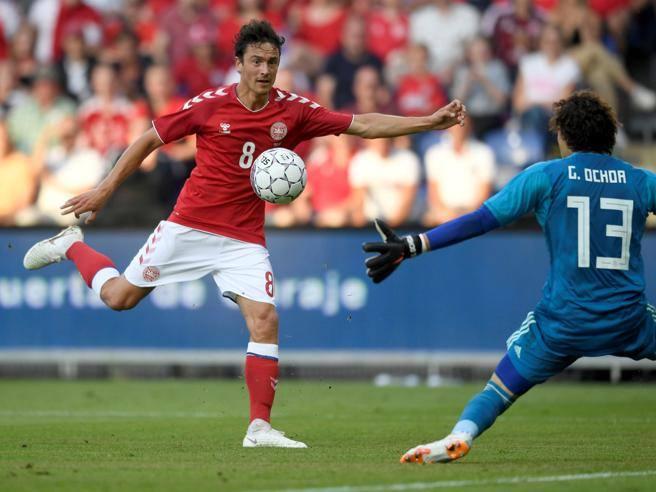 Maglia Home Borussia Dortmund Thomas Delaney