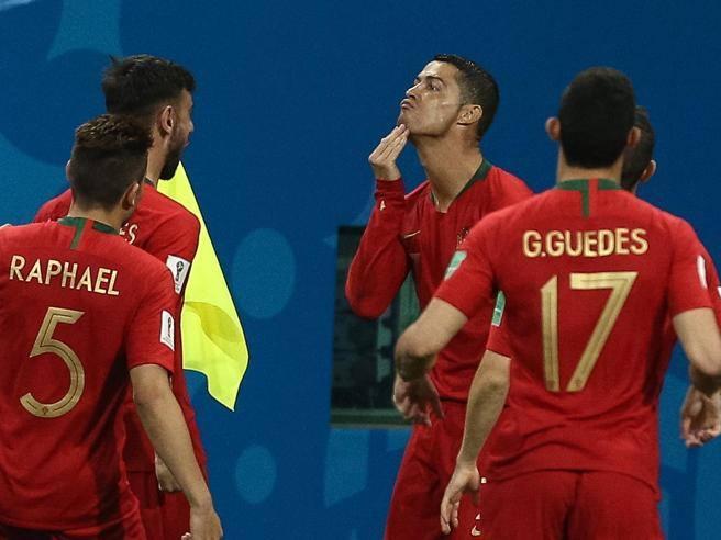 Cristiano Ronaldo e l'esultanza a capra per Spagna