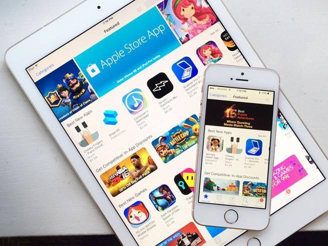 Happy Birthday App Store! Apple's virtual store is 10 years