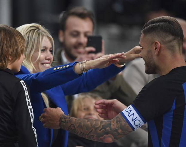 Inter-Milan, Icardi l'uomo derby e quel bacio a Wanda Nara: «Lei c'è ...