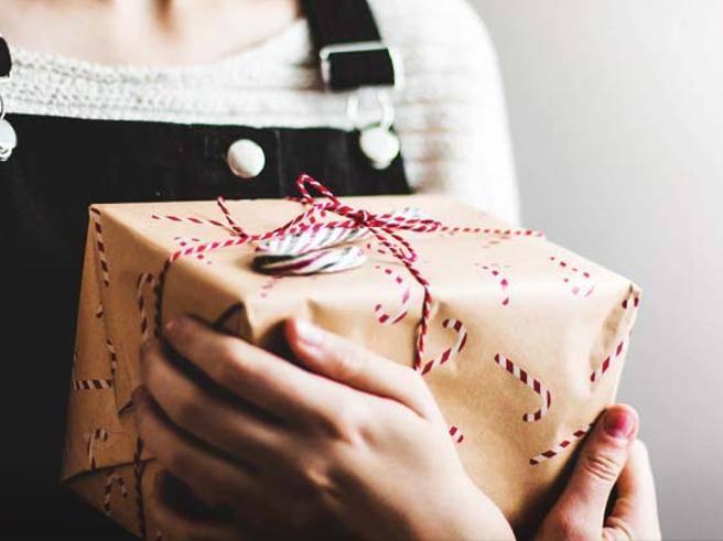 Idee Regali Di Natale A Basso Costo.Regali A Basso Costo 20 Idee Sotto I 20 Euro Per Amiche E Colleghe