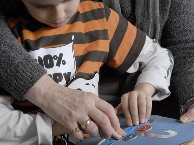Disabili a scuola, slitta il decreto contestato: si cambierà da settembre