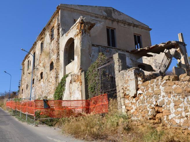 Andrea camilleri demolita la casa della sua giovinezza for Corriere della sera casa