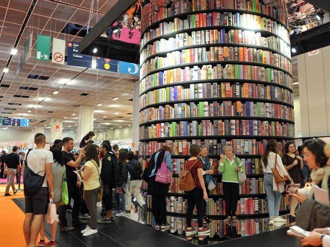 97d36ecdf5 Il Salone del libro resta a Torino Il marchio ai fornitori - Corriere.it
