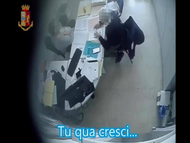 Ancona, corruzione in Comune: arresti e perquisizioni. Quattro assessori indagati