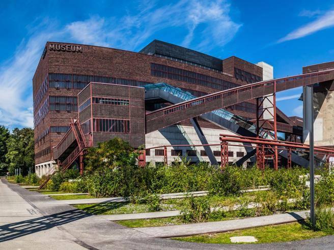La regione della Ruhr e l'ex Alfa Romeo di Arese, la riconversione di due luoghi simbolo - Corriere della Sera